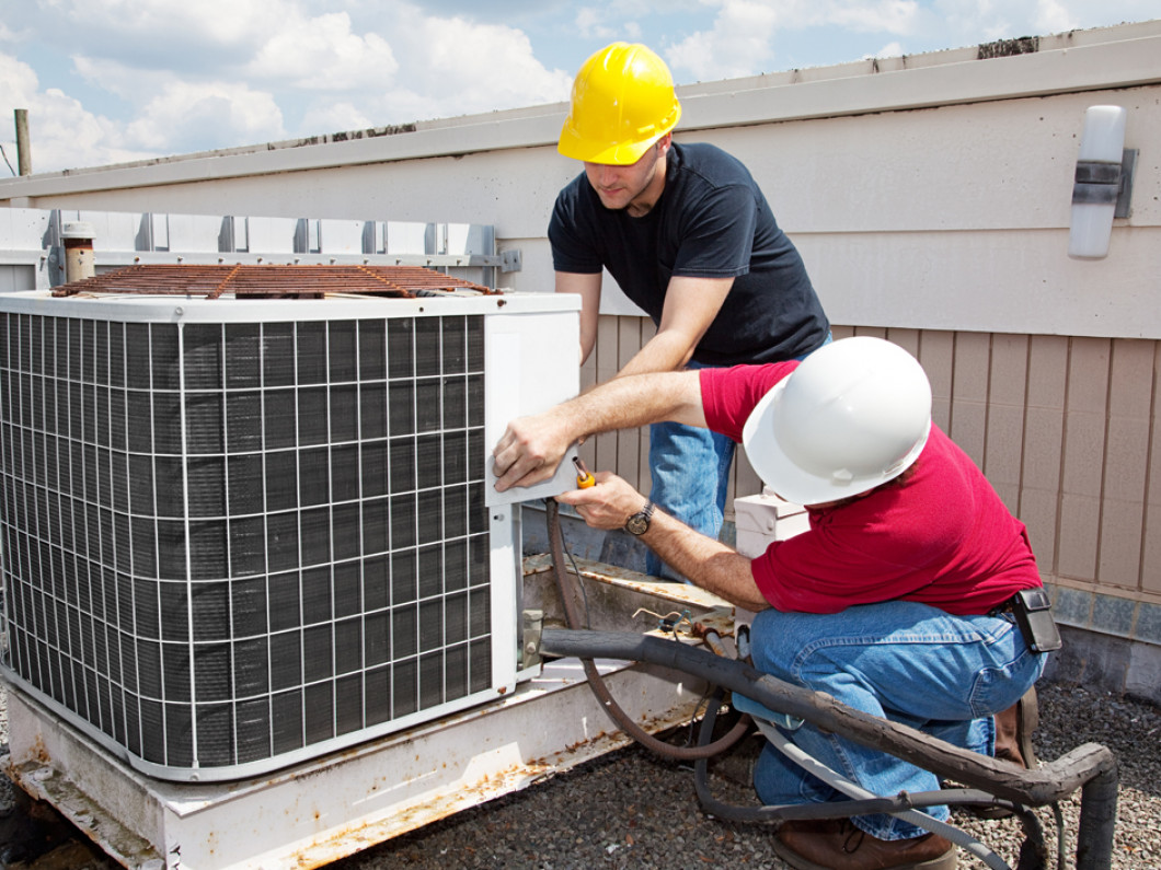 Prevent Future Complications With an HVAC Maintenance Plan in Lakeland, FL